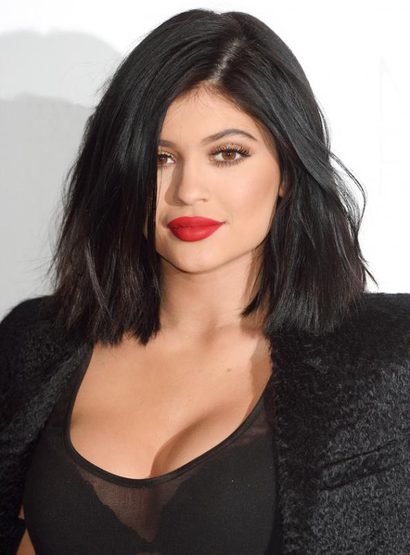 Put Down the Shot Glass! 4 Safe Ways to Plump Your Pout Without Partaking in the #KylieJennerChallenge