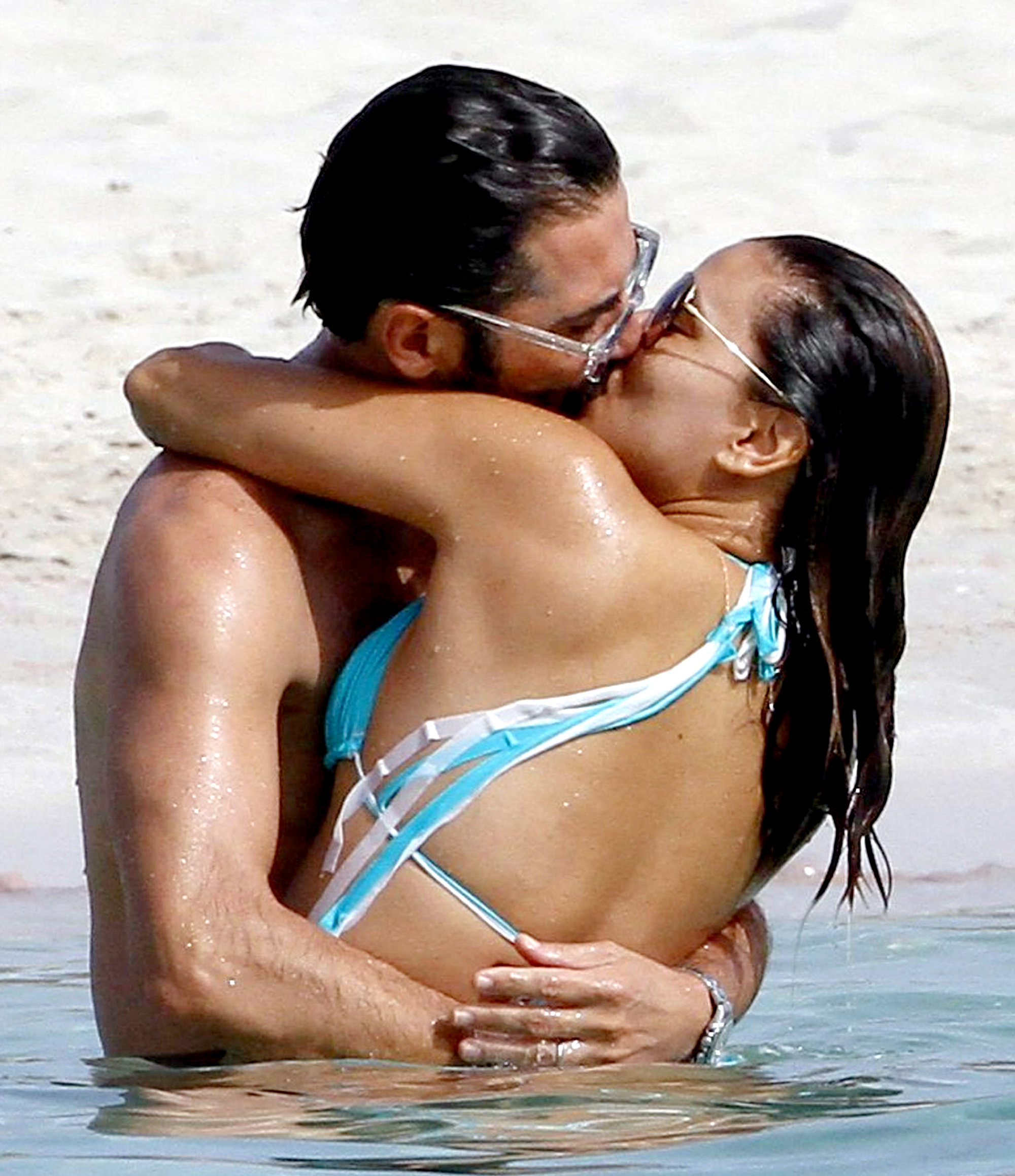 Eva Longoria and Jose Baston Beach - 1