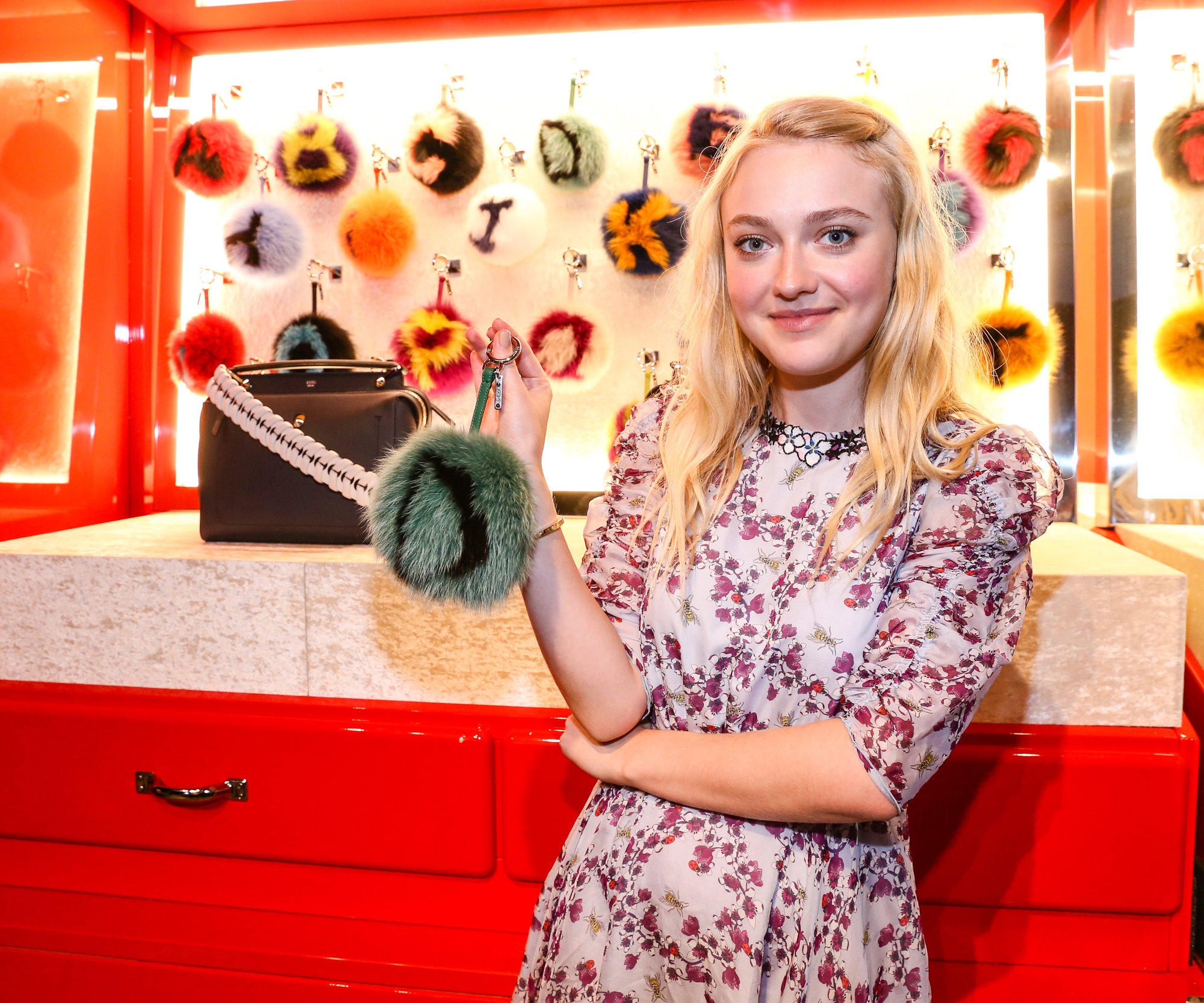 Dakota Fanning Fendi Pop-Up 1 - Lead 2016