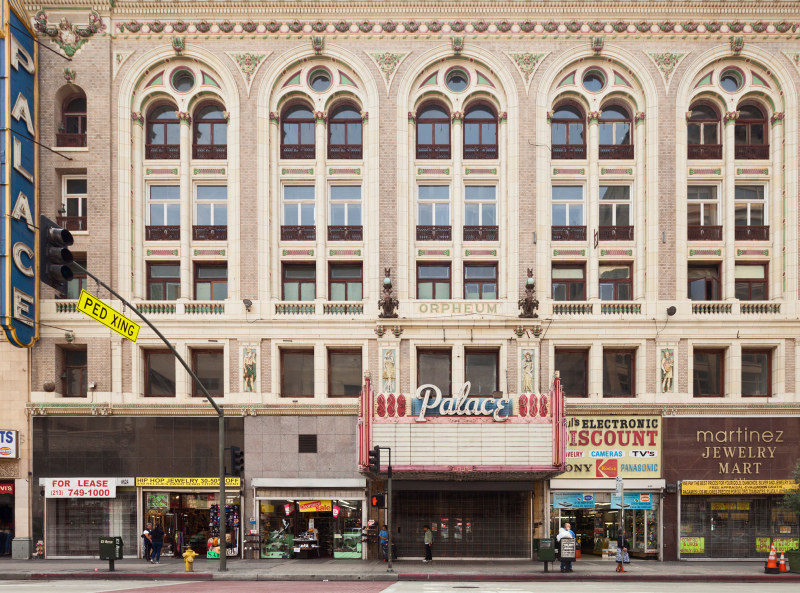 TV Show Destination - The Palace Theater from Scanda