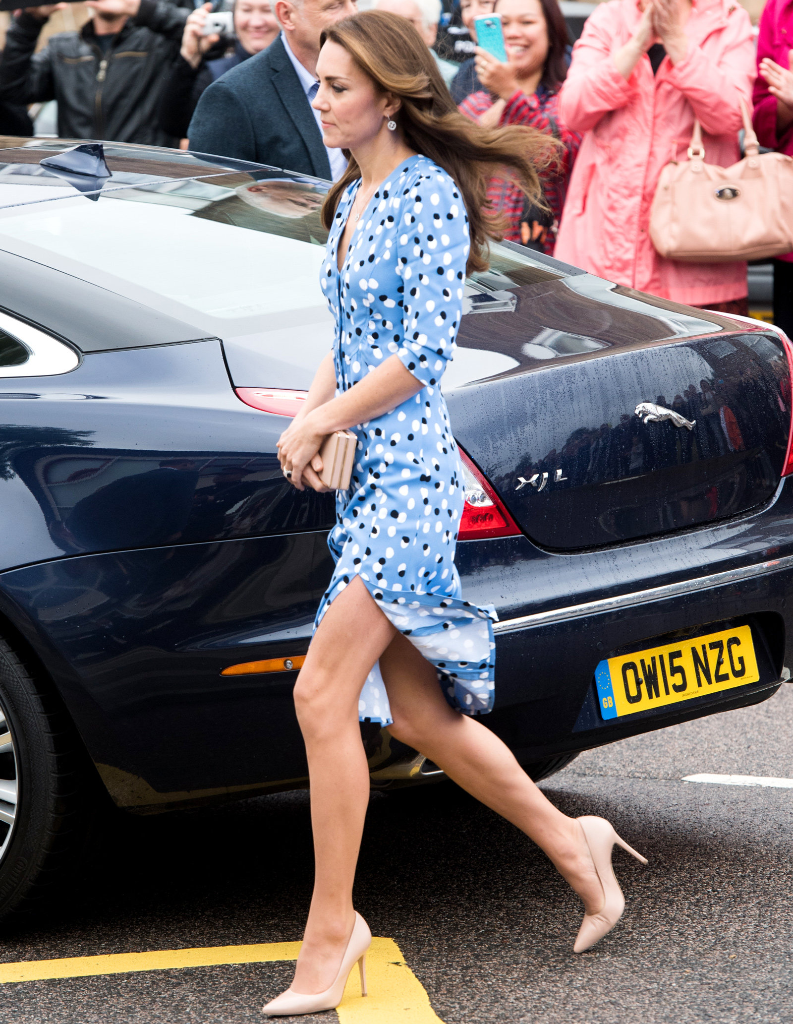 Kate Middleton Blue Dress - Embed