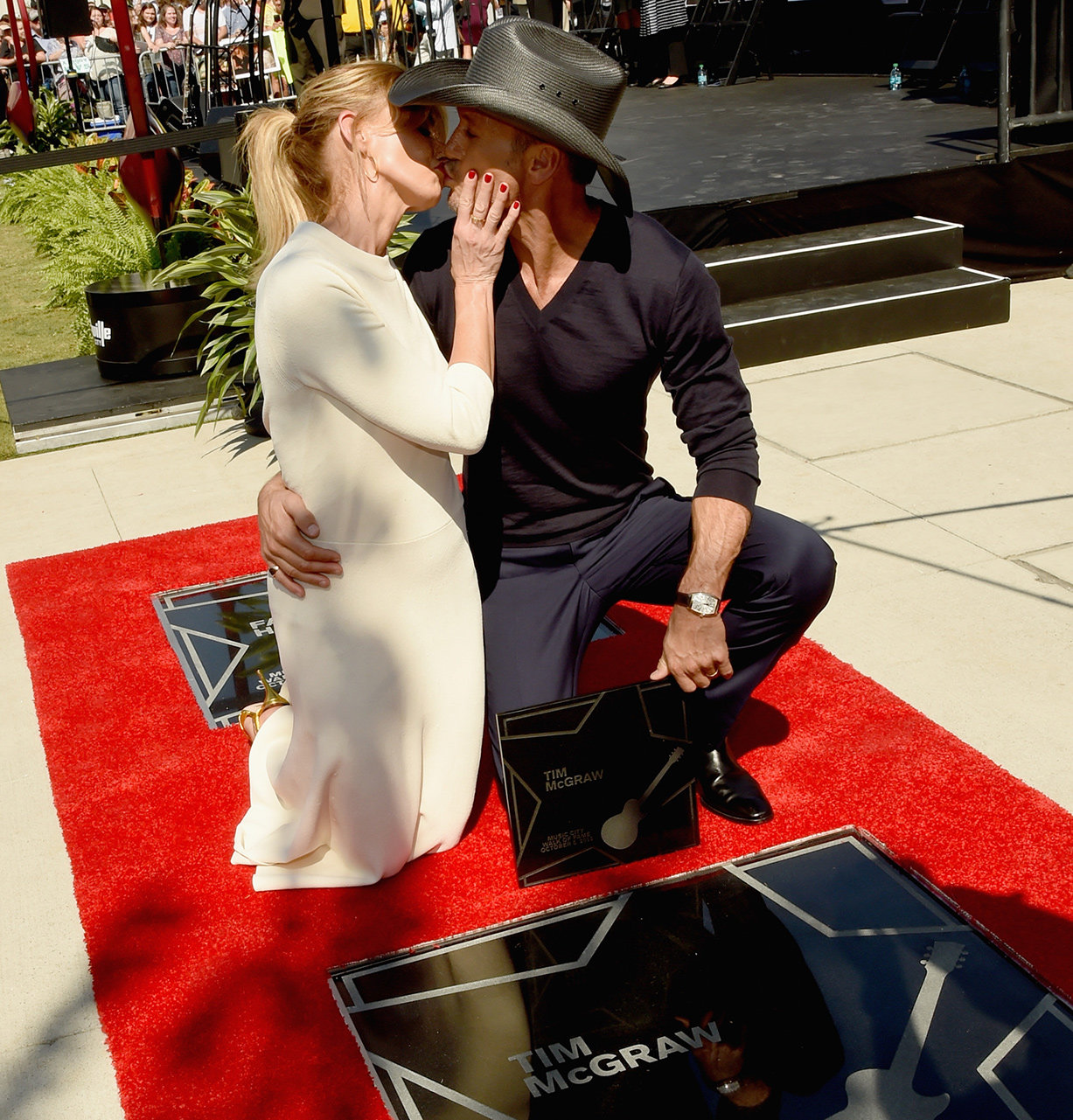 Faith Hill and Tim McGraw - Embed