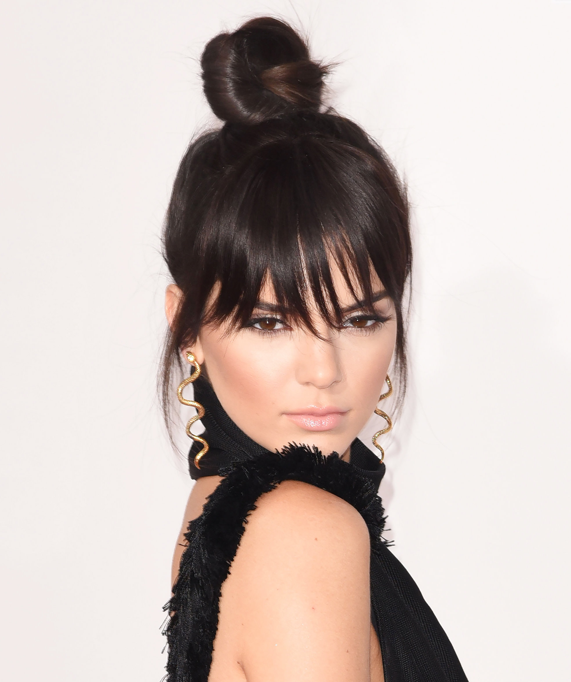 Kendall Jenner - 2015 American Music Awards - November 22, 2015