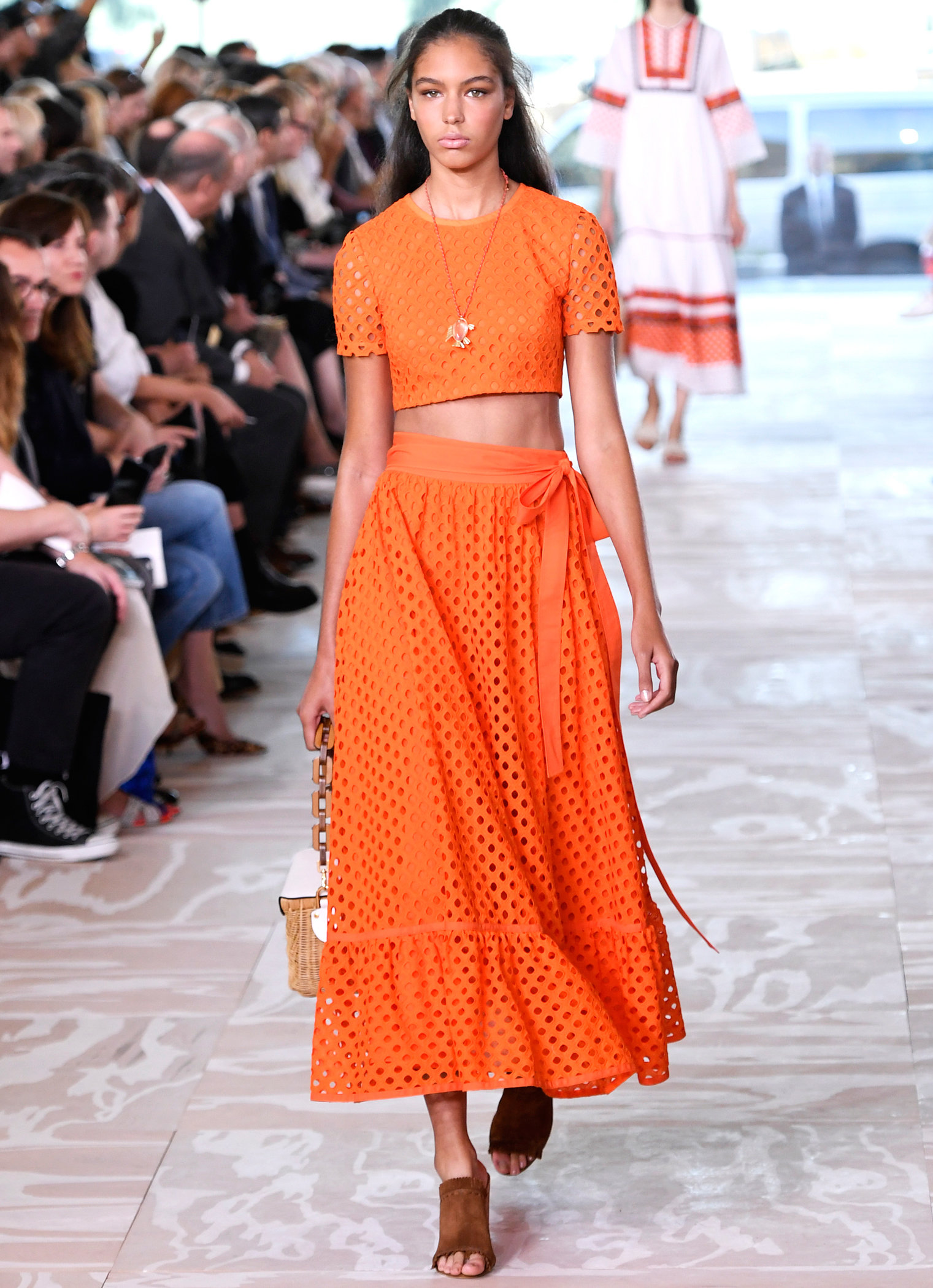 Runway EMBED - Tory Burch NYFW Spring Summer 2017 - September 13, 2016