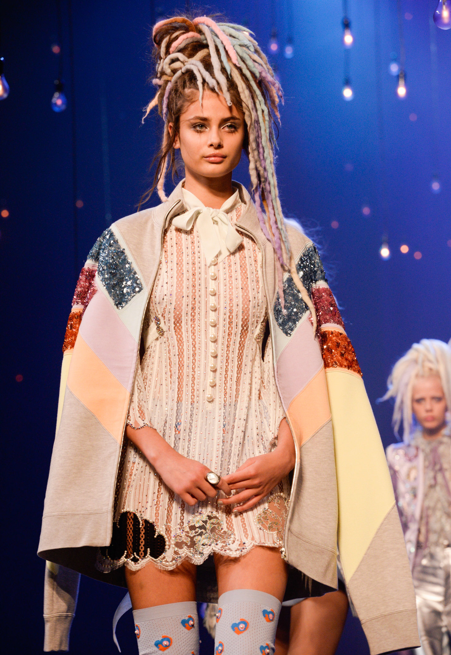 Marc Jacobs Brings Nyfw To A Close With Kendall Jenner And Irina