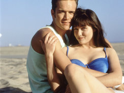 BEVERLY HILLS 90210, (from the left): Luke Perry, Shannen Doherty, (1991), 1990-2000. © Aaron Spelling Prod. / Courtesy: Everett Collectiona