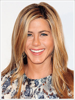 072310-poll-aniston-300.jpg