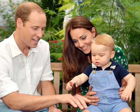 Prince George touches butterfly with Kate Middleton and Prince William