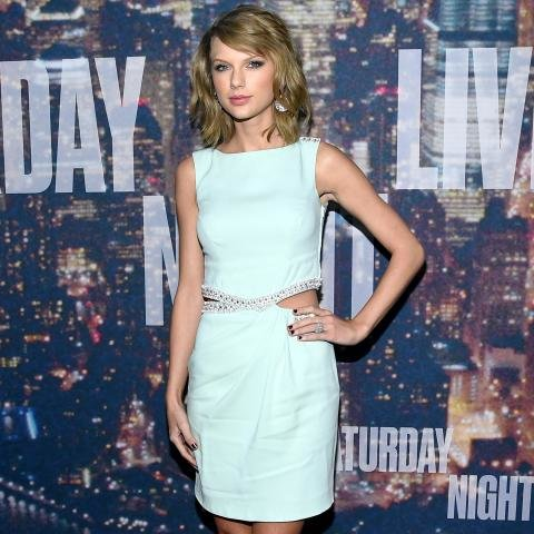 Taylor Swift, Azzaro
