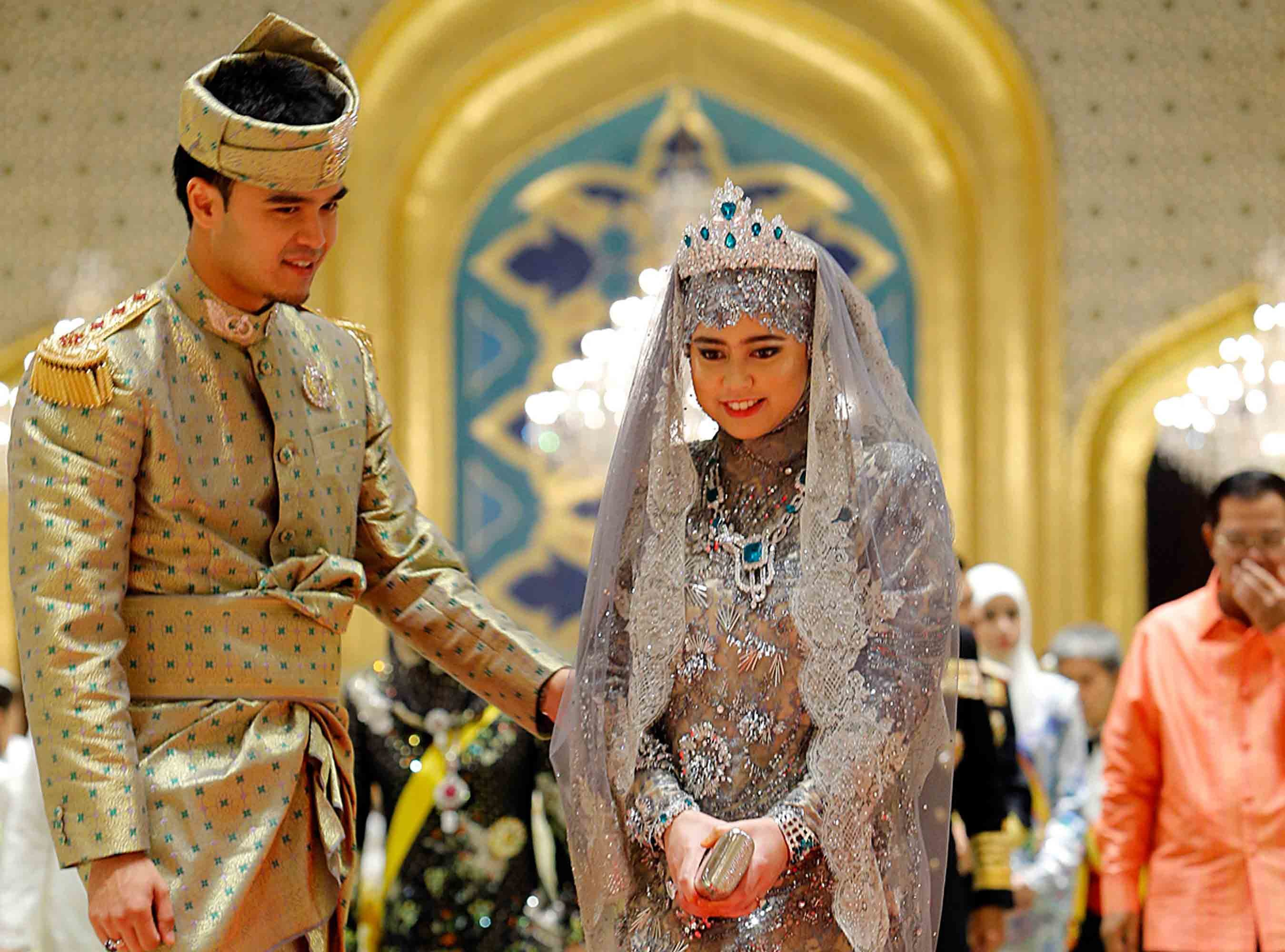 15 Most Gorgeous Royal Wedding Gowns Of All Time