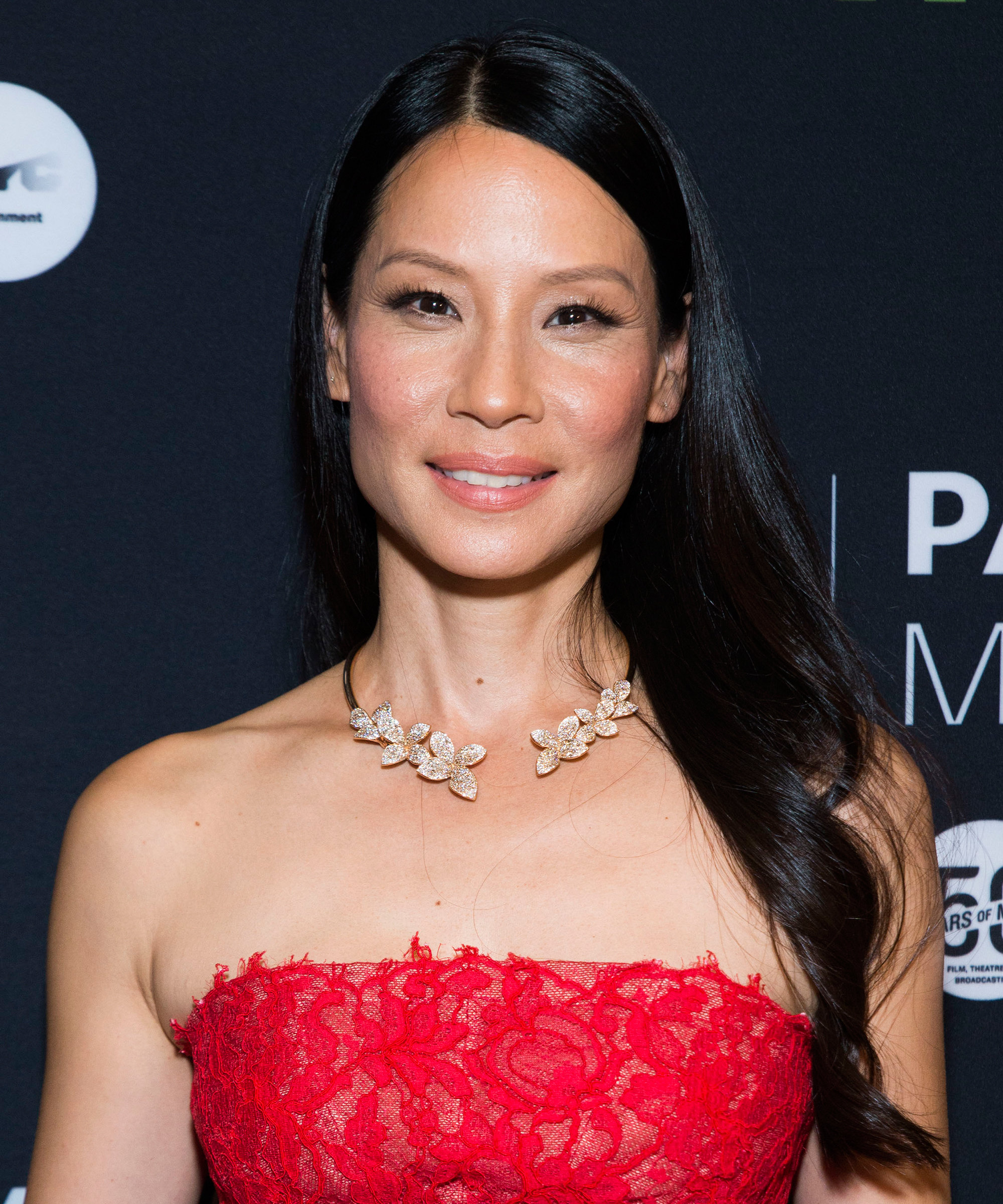 "Lucy Liu Enjoys ""A Little Culture"" at the Whitney Museum with Her 1-"