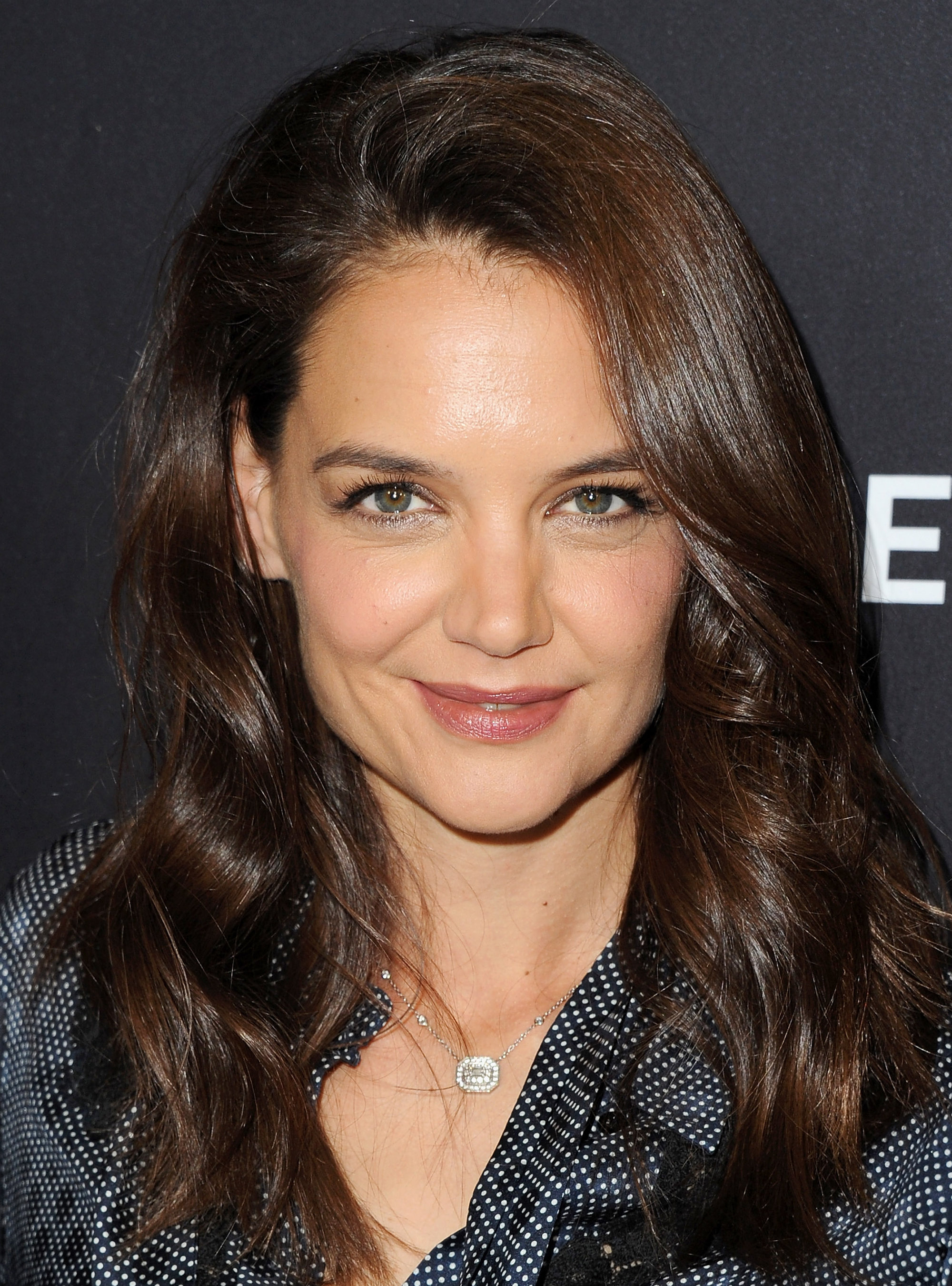 Colour therapy for beauty - You Need To See Katie Holmes S Flawless Makeup Free Selfie Face