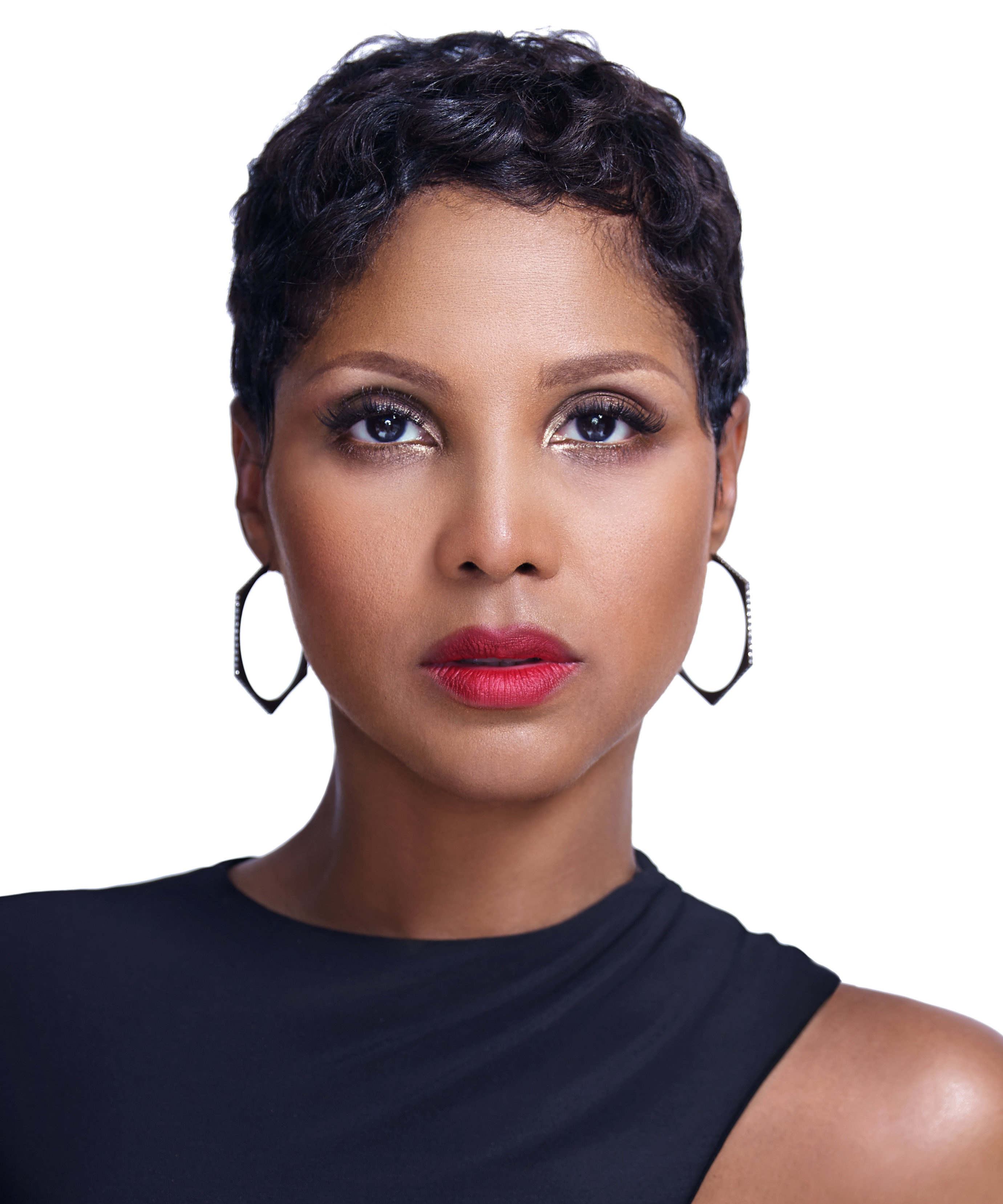 Surprising Toni Braxton Talks About The Tough Times And Her Lifetime Short Hairstyles For Black Women Fulllsitofus