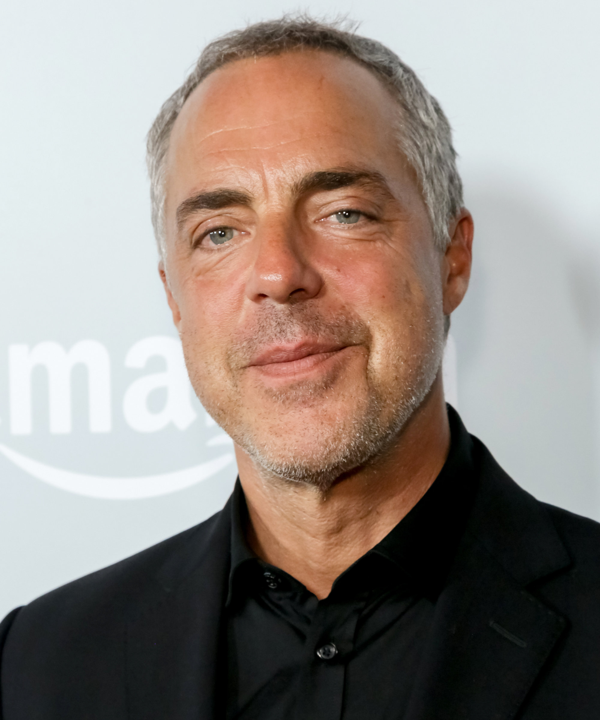 titus welliver height
