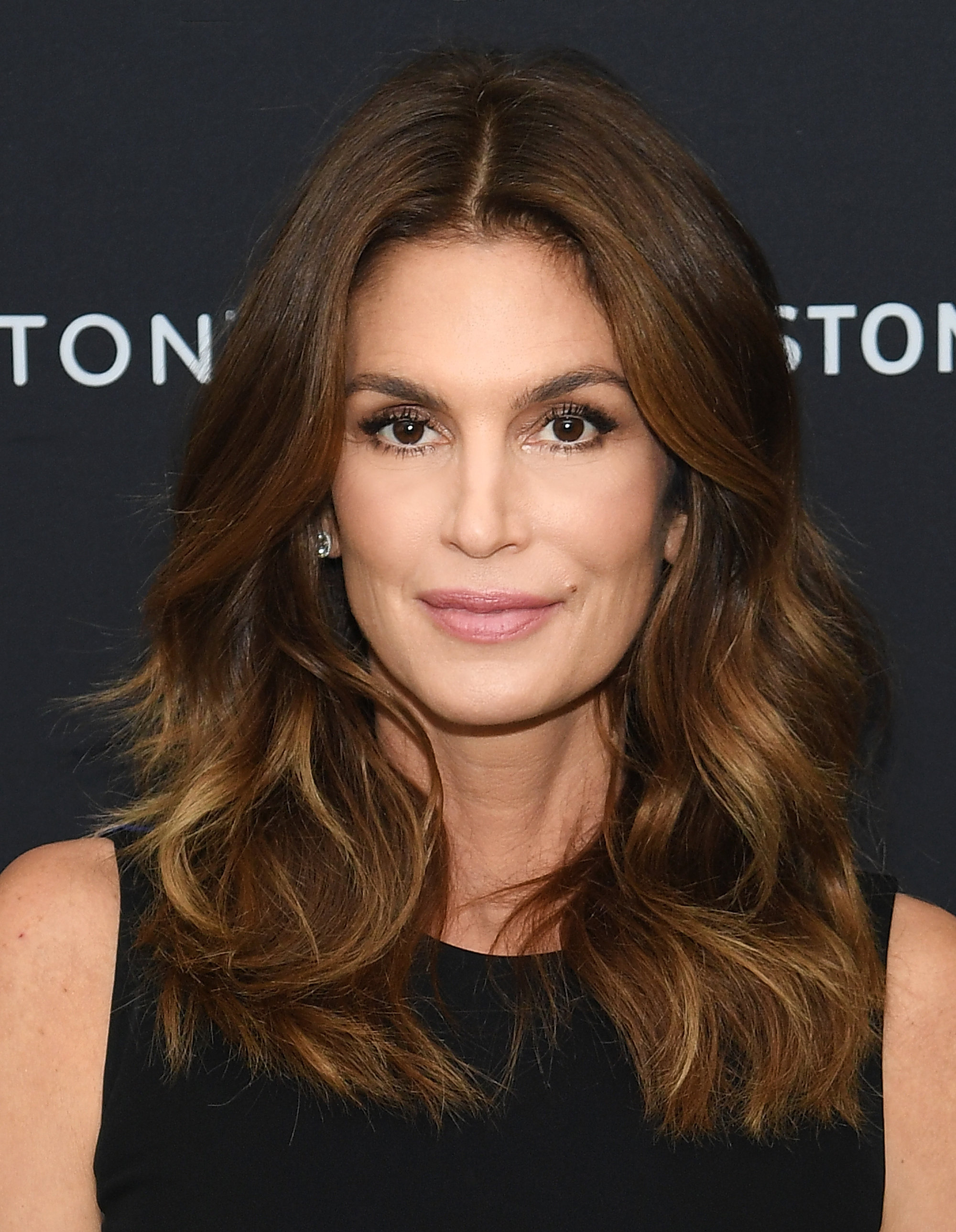 Why Cindy Crawford Hairstyles Had Been So Popular Till Now