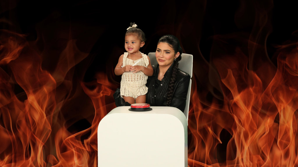 """Kylie Jenner Revealed Her Biggest Fear Is ... """"Dust in a Cup""""?"""